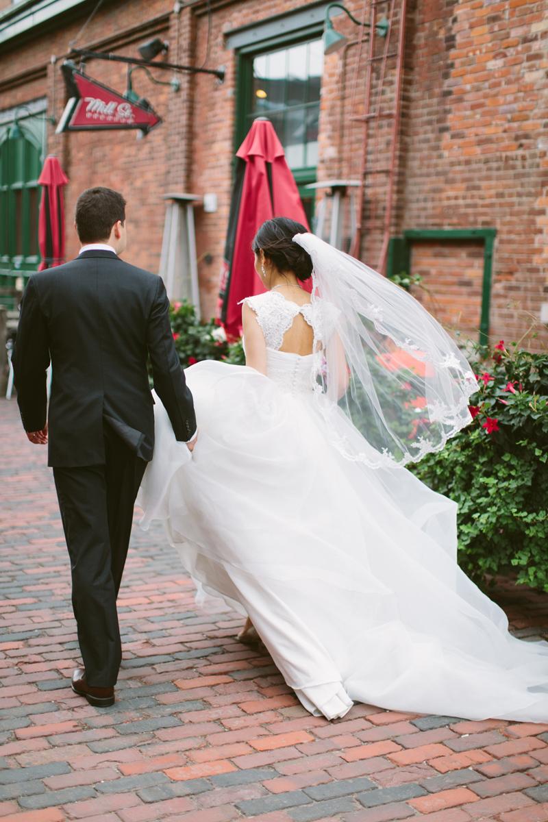 033-Melissa_Sung_Photography_Toronto_Wedding_Photographer_Cluny_Bistro_Distillery.jpg