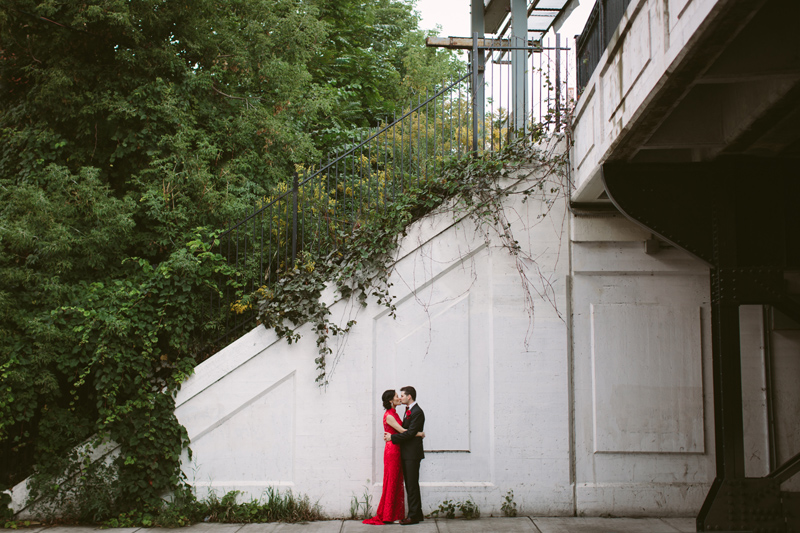 071-Melissa_Sung_Photography_Toronto_Wedding_Photographer_Cluny_Bistro_Distillery.jpg