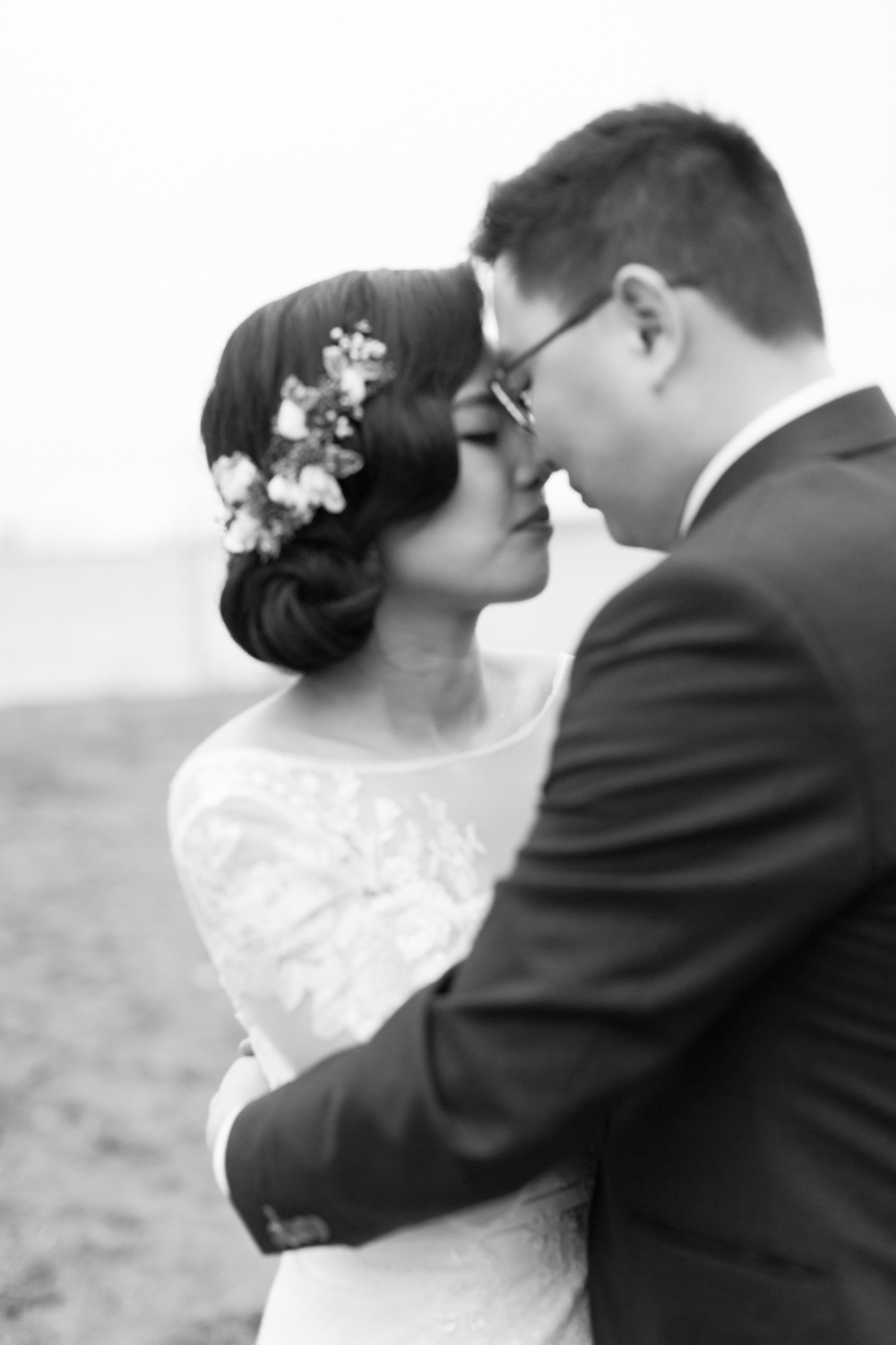 Romantic black and white photographs by Toronto Wedding Photographer, Melissa Sung