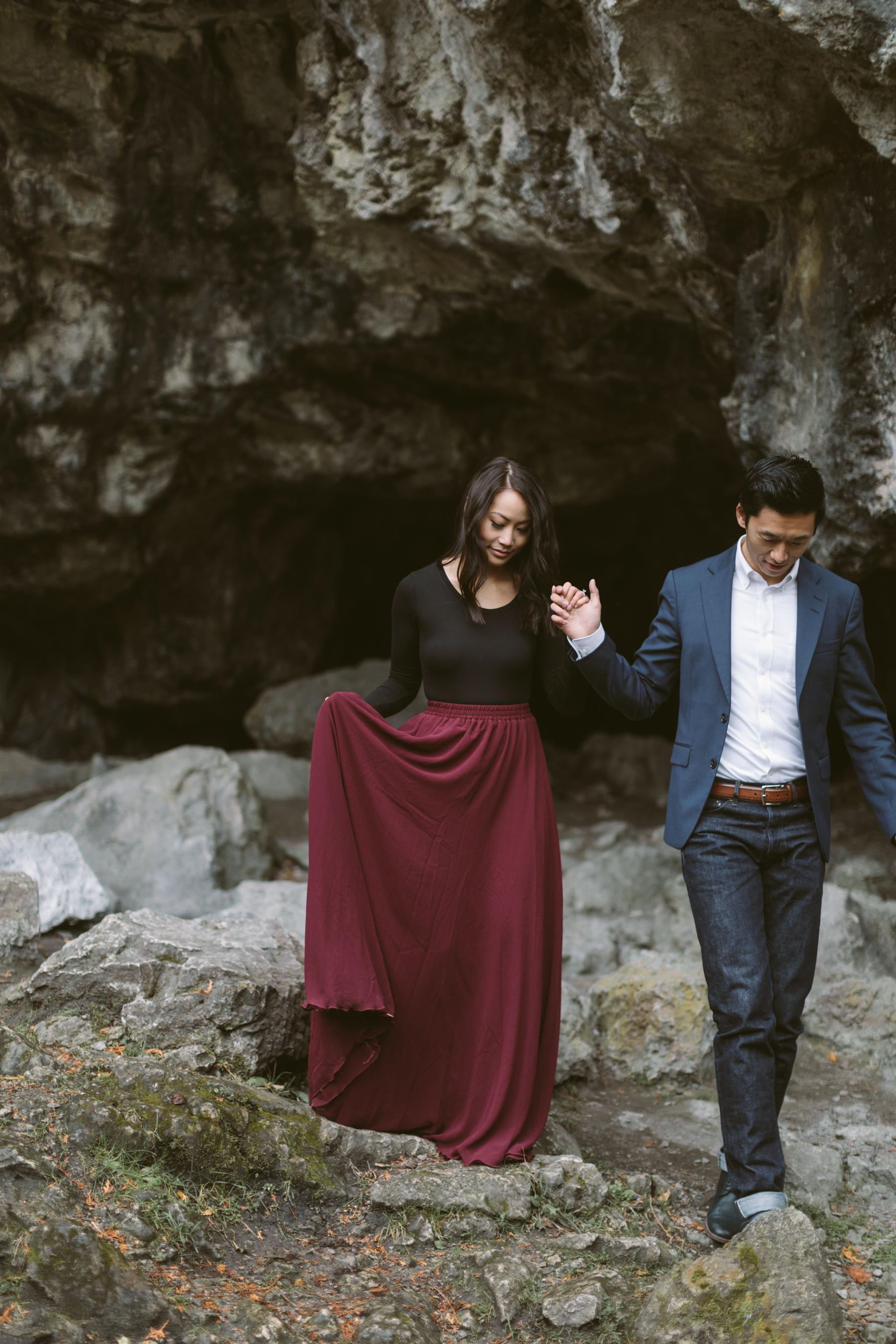 Rainy_Day_Engagement_Photos_Toronto_Wedding_Photographer_Melissa_Sung_Photography_0004.jpg
