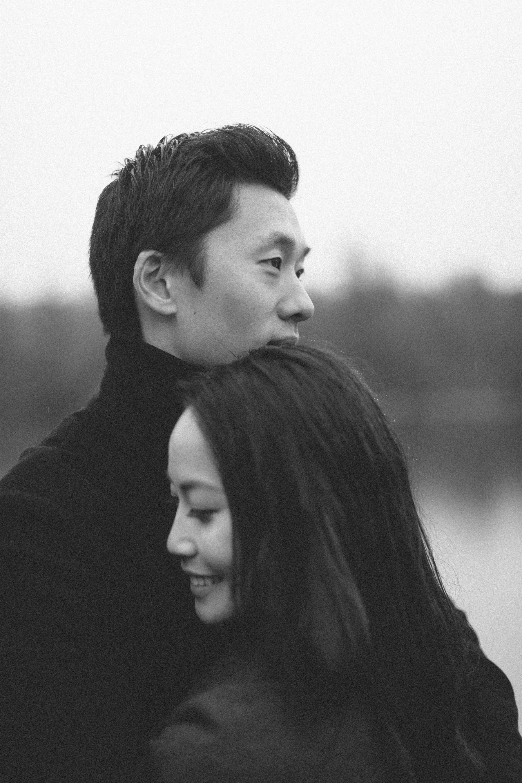 Rainy_Day_Engagement_Photos_Toronto_Wedding_Photographer_Melissa_Sung_Photography_0010.jpg
