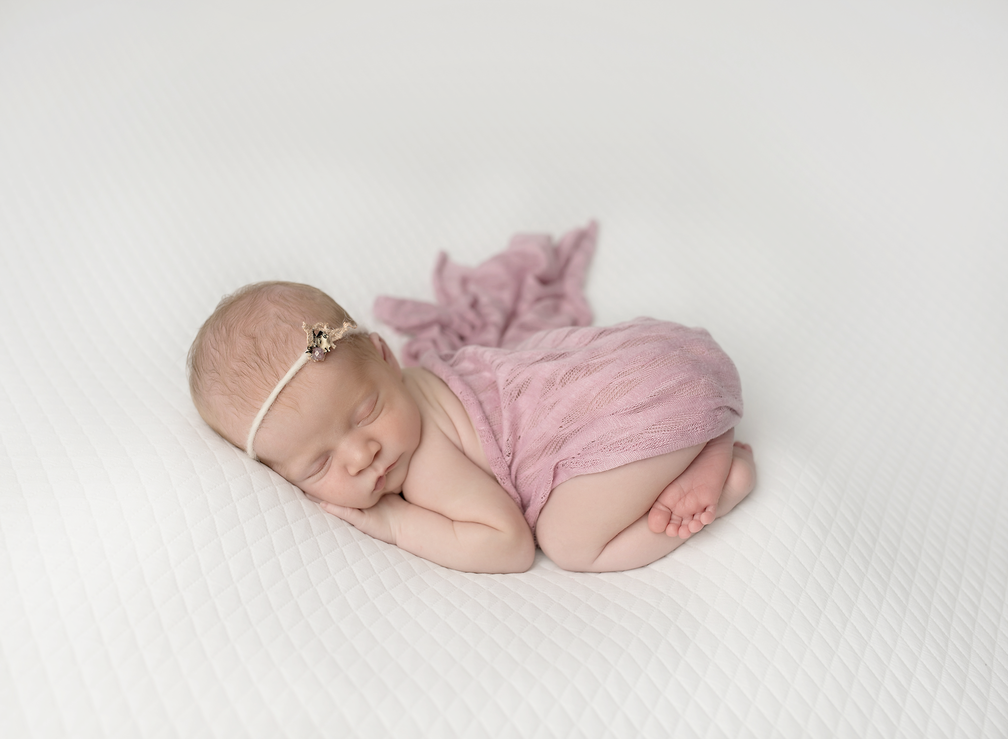 Titling/Alt Text/Description: 1. Newborn Photography Jacksonville 2. Jacksonville Newborn Photography 3. Jacksonville Newborn Photographer 4. St Augustine Newborn Photographer 5. St Augustine Newborn Photography