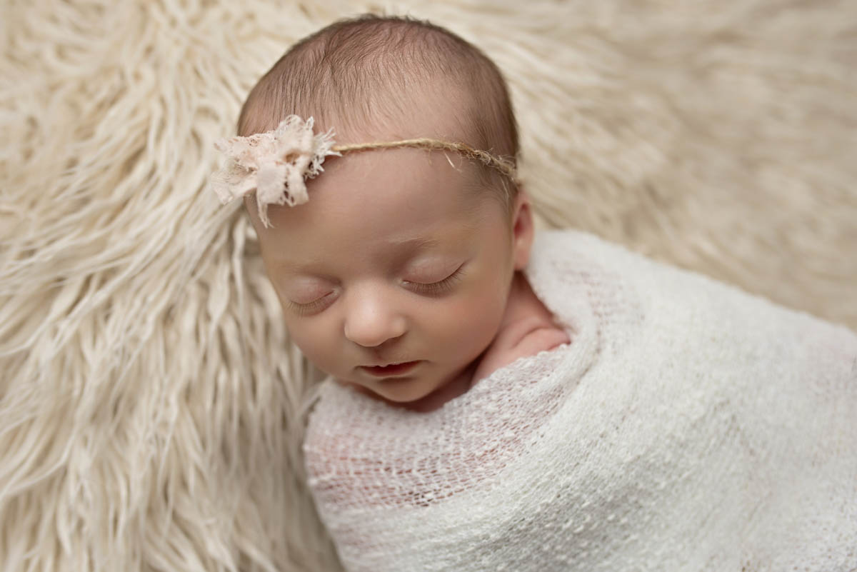 TItiling/ Alt Text/ Description: 1. newborn girl 2. jacksonville newborn photography 3. jacksonville photographer