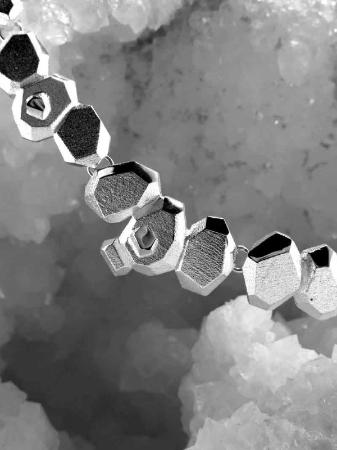 Frozen-amethyst-necklace-lapponia-jewelry-liesbethbusman