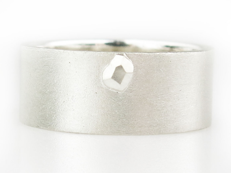 Crystal ring 10mm wide