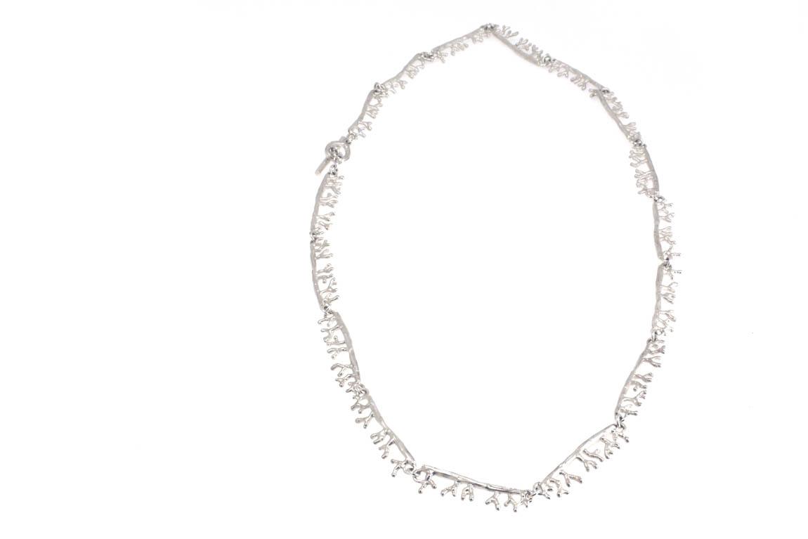 coral-necklace-fullimage-45cm-nr2ag.jpg