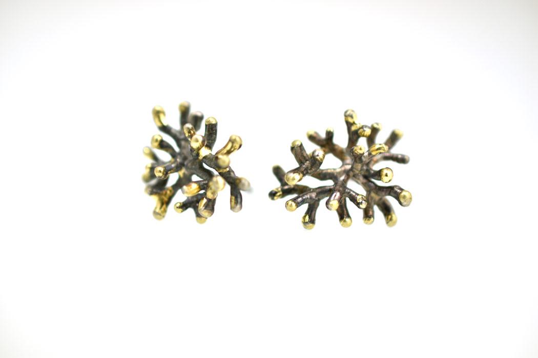 corals-earpins-silver-18krtgold-black.jpg