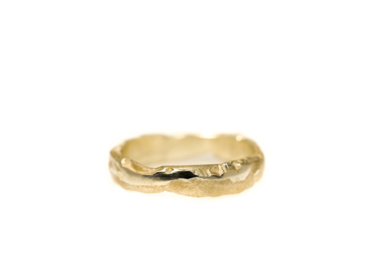 Earth canyon wave lady ring in sunrise yellow gold