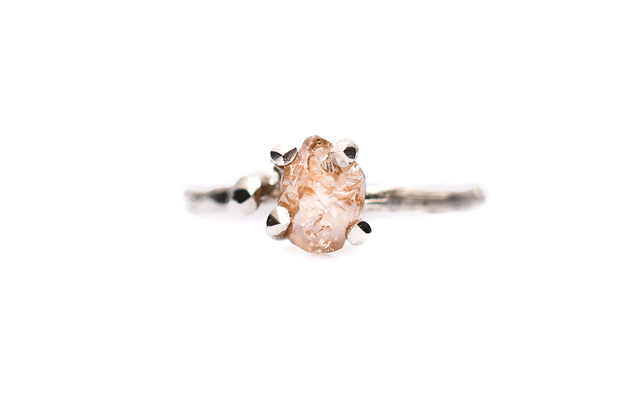 Miss Twiggy engagement ring white gold with raw nude diamond crystal €2231