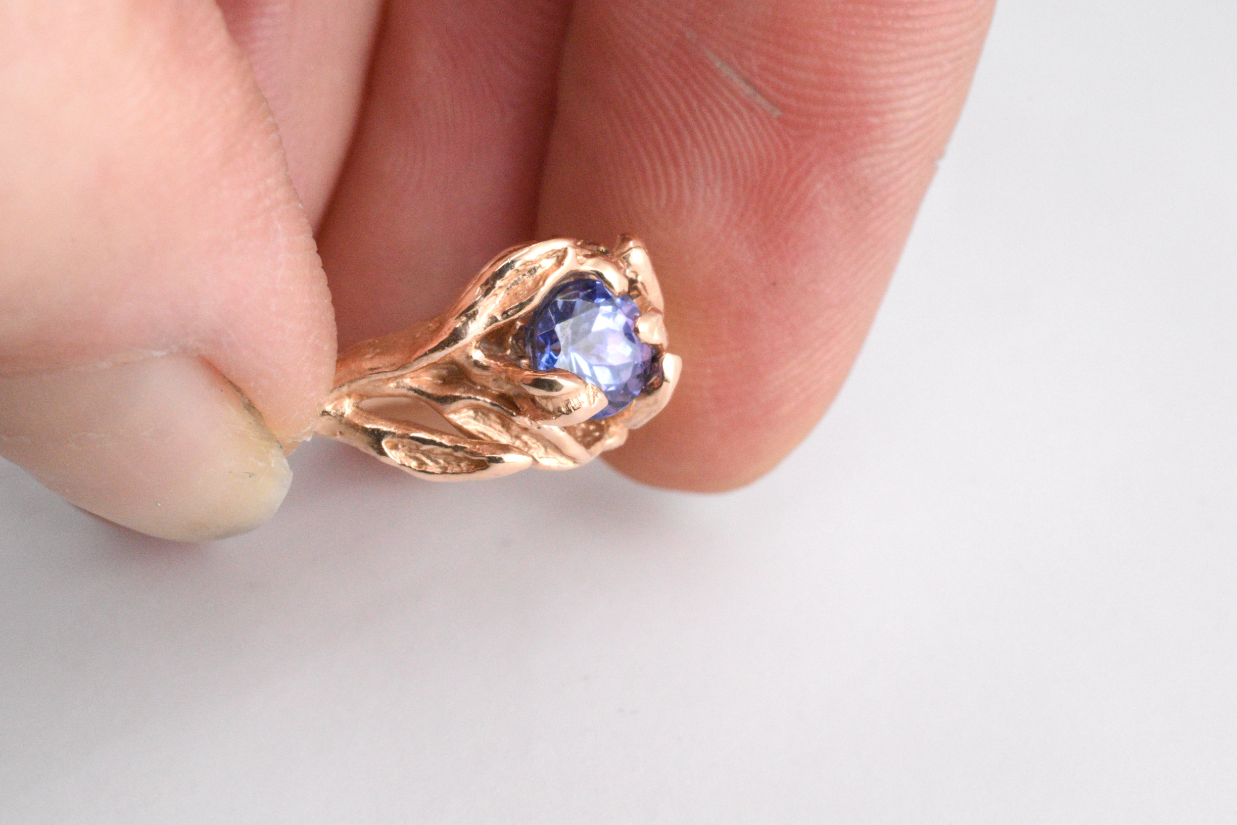 """Final check on the hand sculpted rose golden Freya ring with gourgeous and rare lila tanzanite gem from the series """"Paradise"""". -One of a Kind-  2173,- euro"""