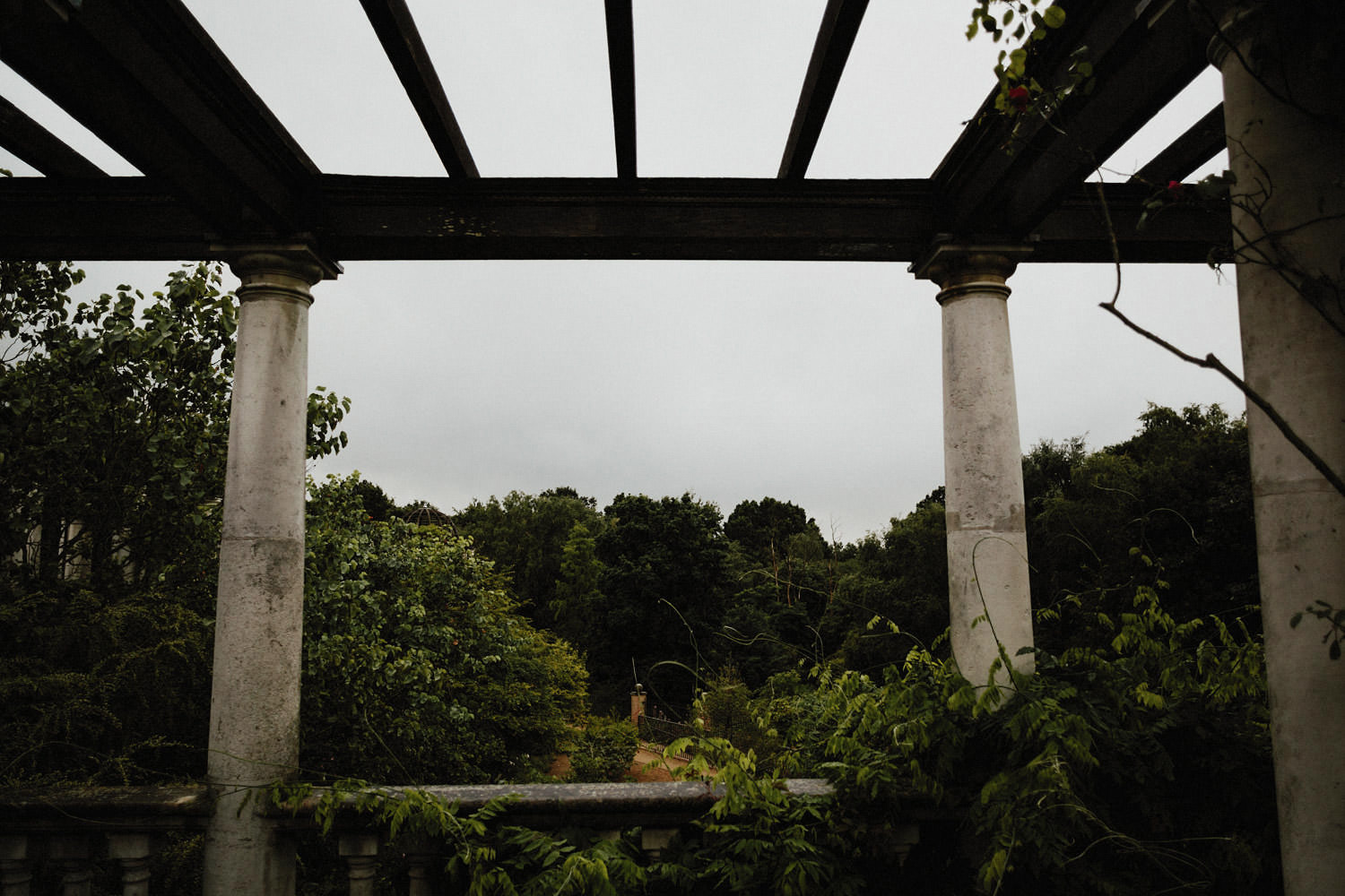 071-the-hill-garden-and-pergola-in-london-view.jpg