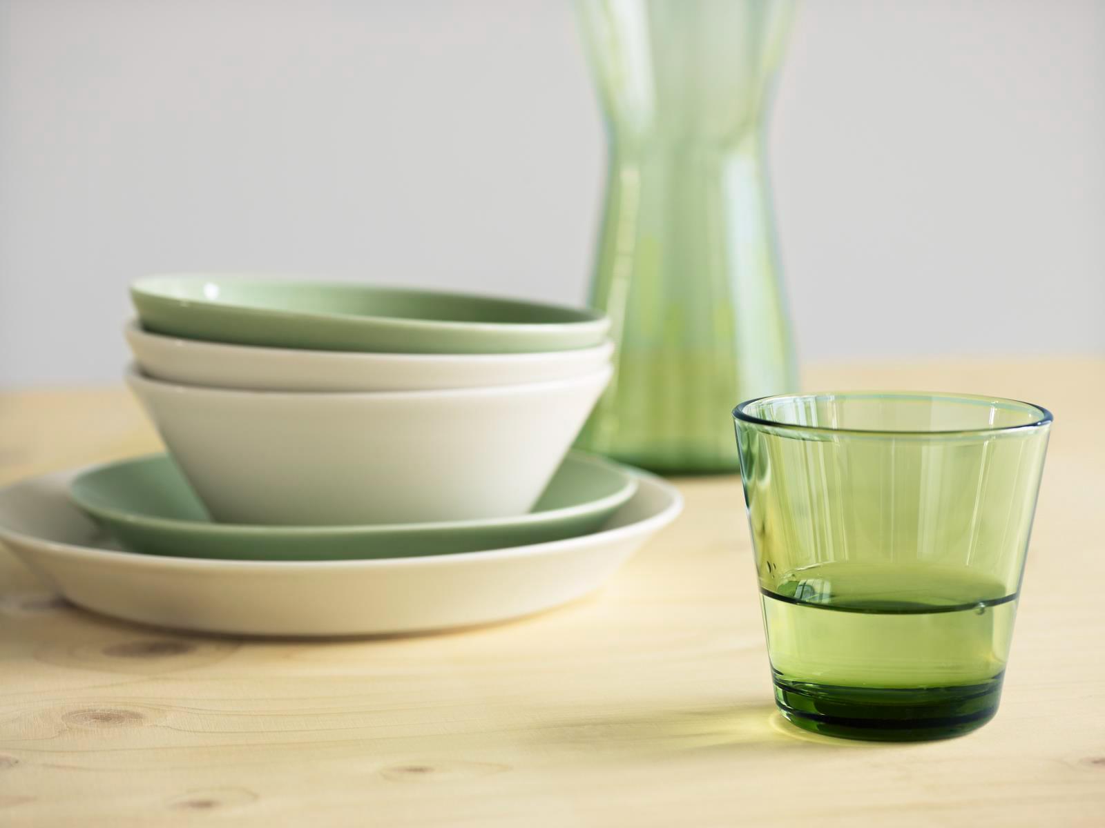 Klik op de foto voor meer servies en glazen!