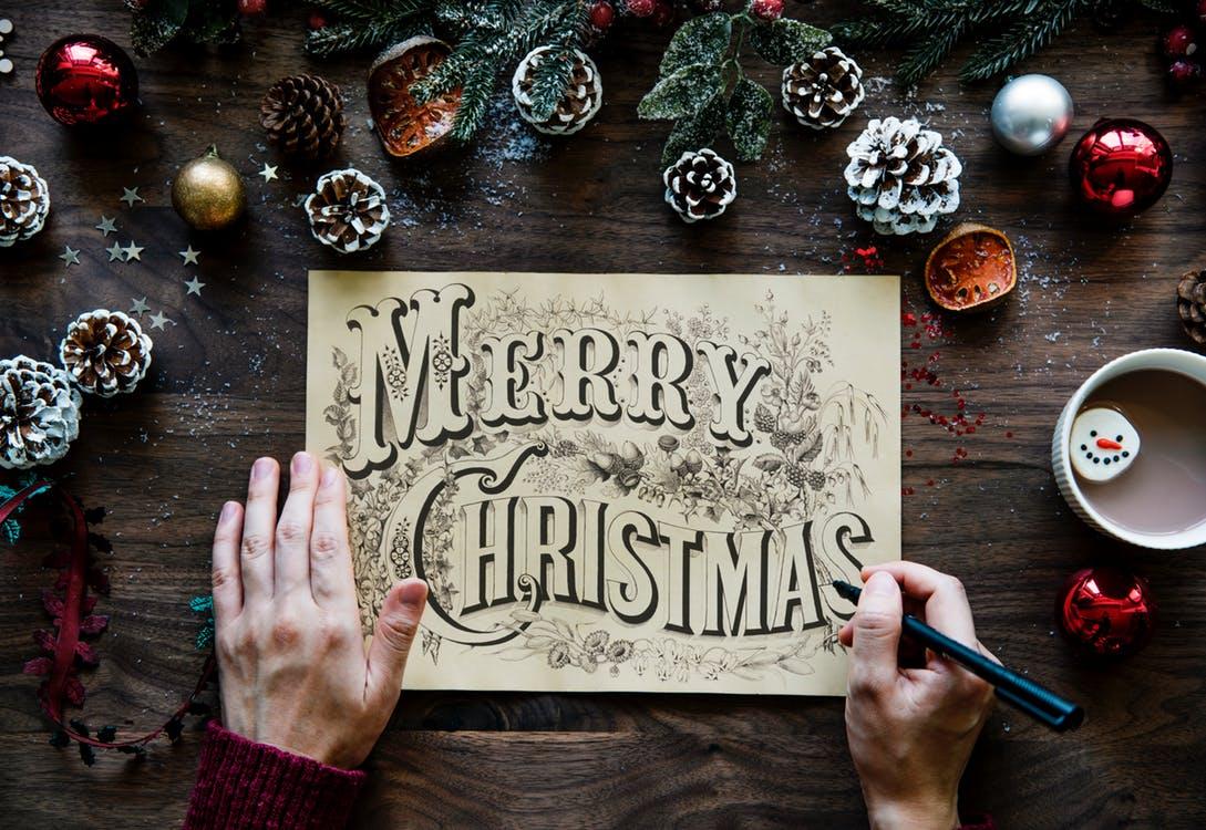 クリスマスカード例文 クリスマスカードのメッセージの例文は?家族と夫と妻と子供への言葉
