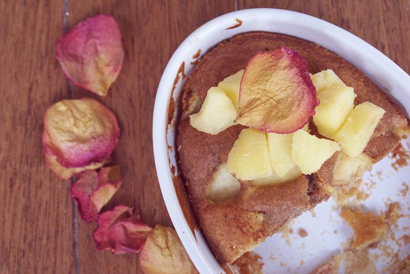 gateau-pommes-cannelle-sans-gluten-2.jpg