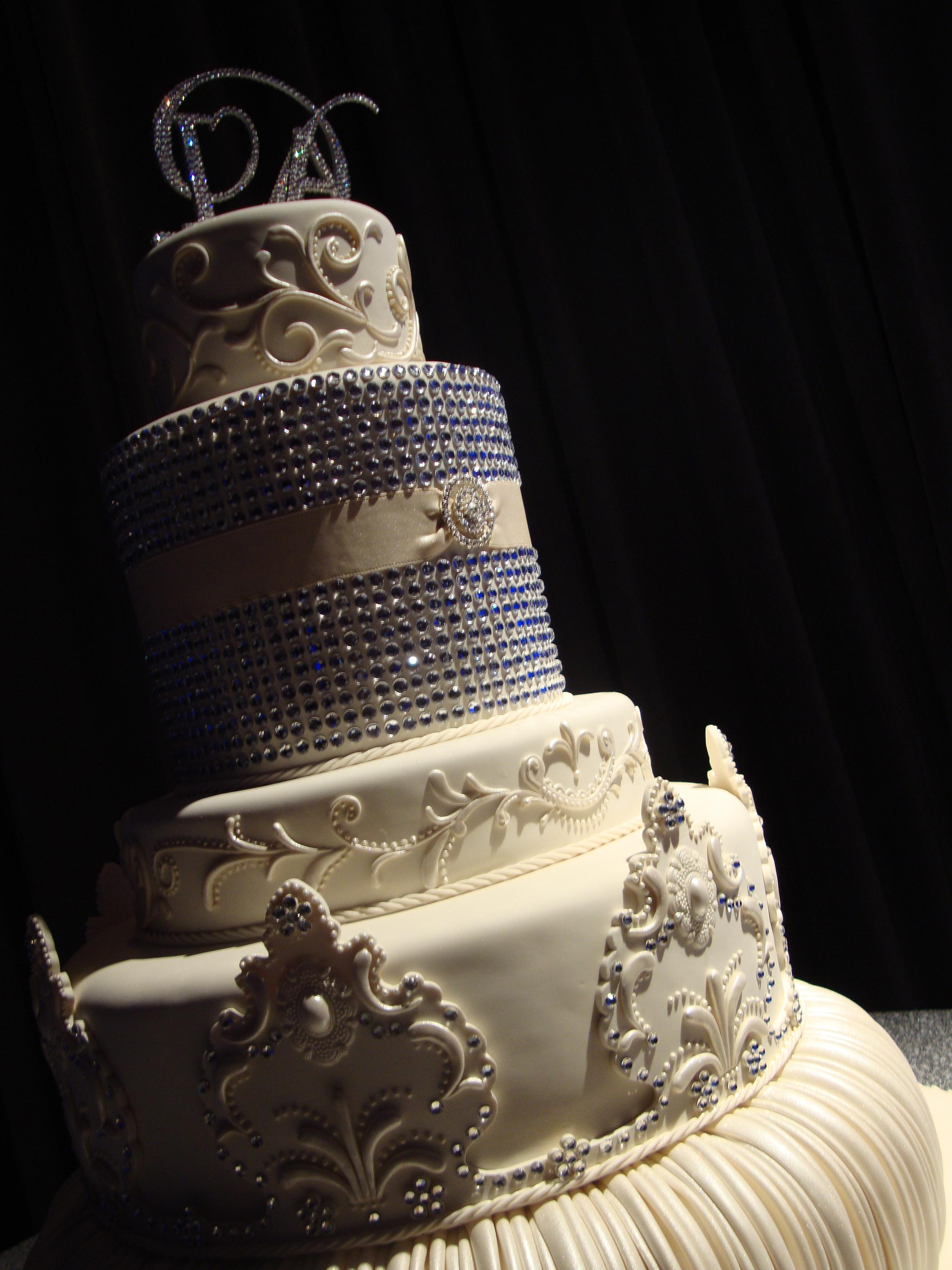 Walforf Wedding Cake