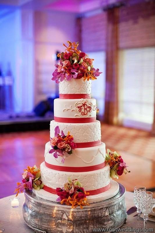 800x800_1455117873143-weddingwire4.jpg