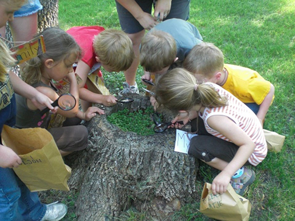 REAP CEP awards grants to further conservation education in Iowa. Here, preschool students in northwestern Iowa learn about the natural world.