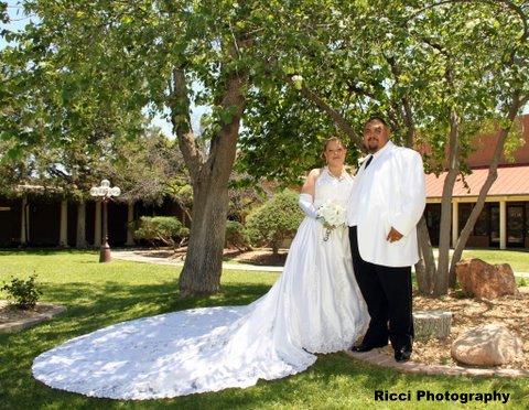 Albuquerque wedding officiant Amor Ceremonies