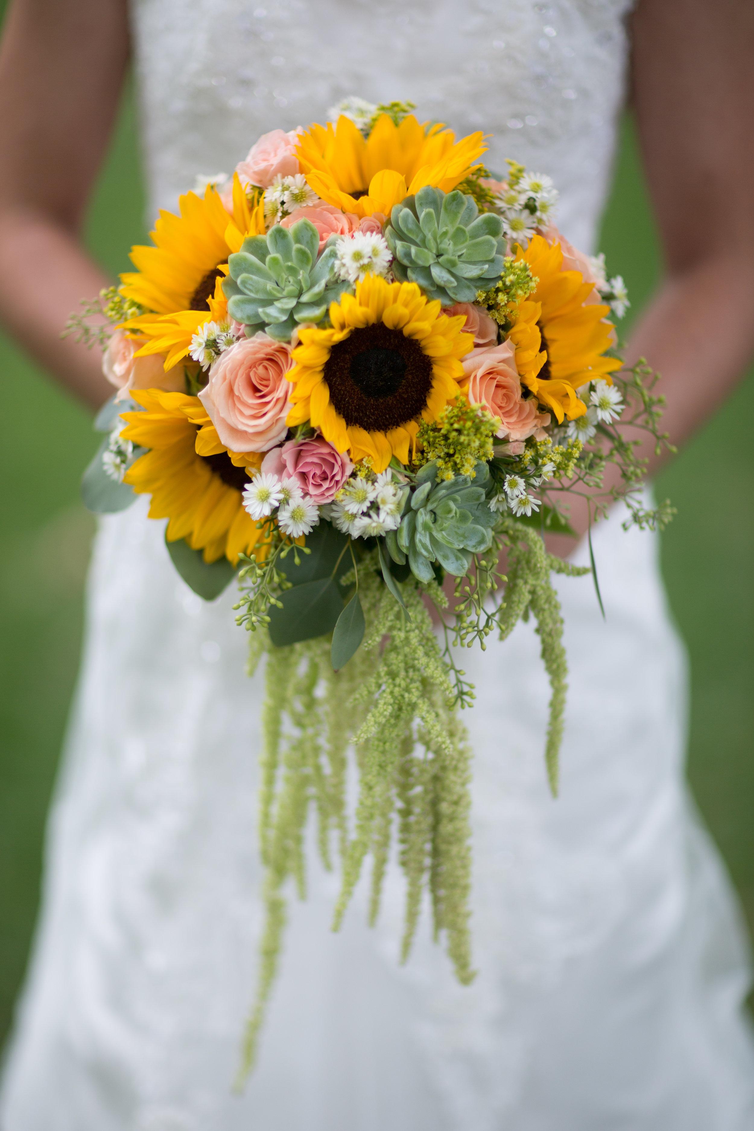 Shannon Loves Flowers 02.jpg