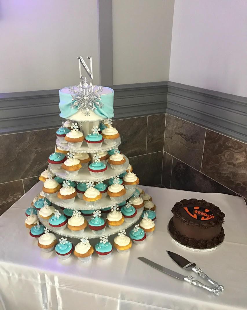 winter cupcakes.jpg