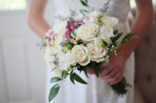 Bridal bouquets and what to do with them after the wedding