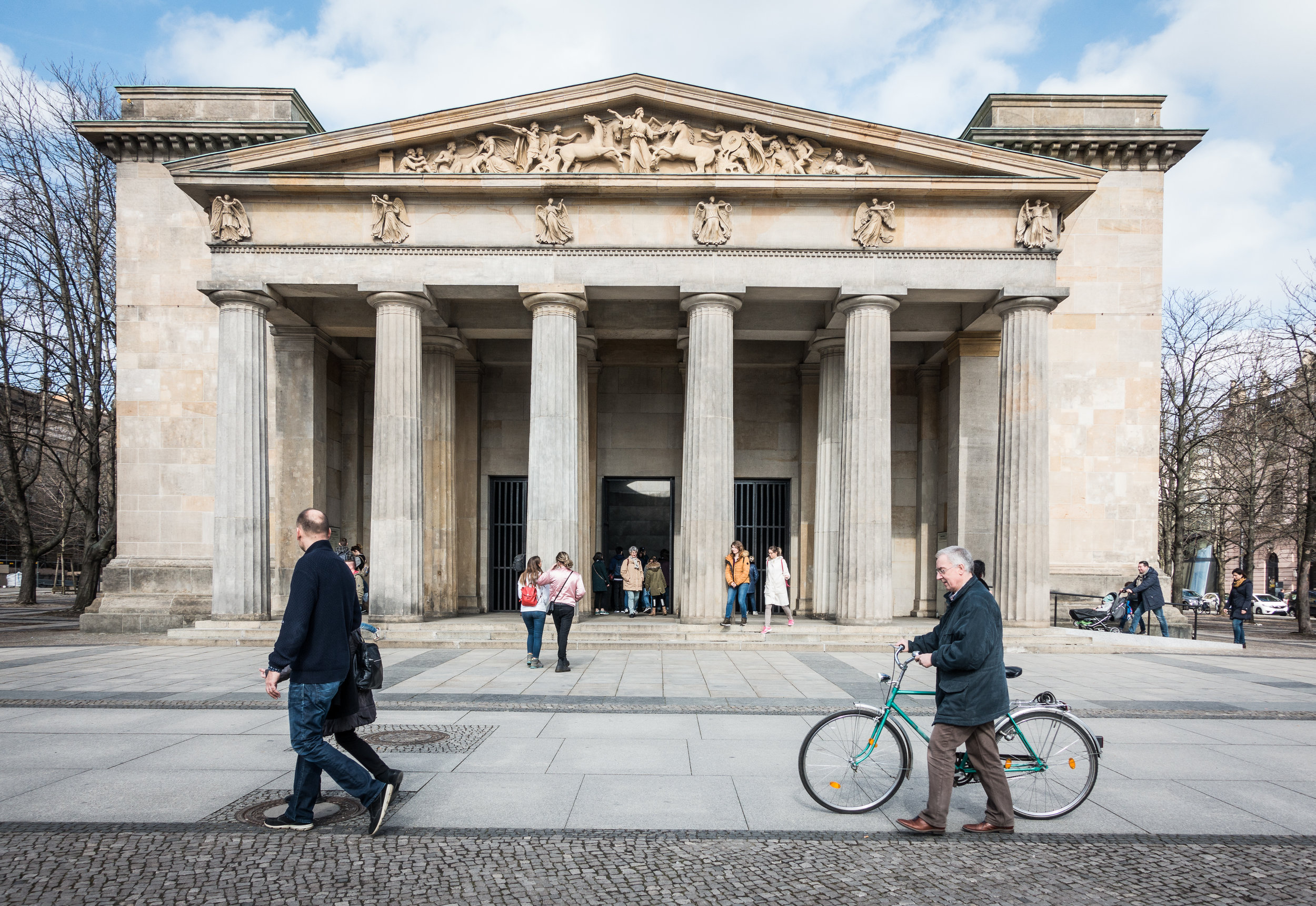 Exterior of the Neue Wache building