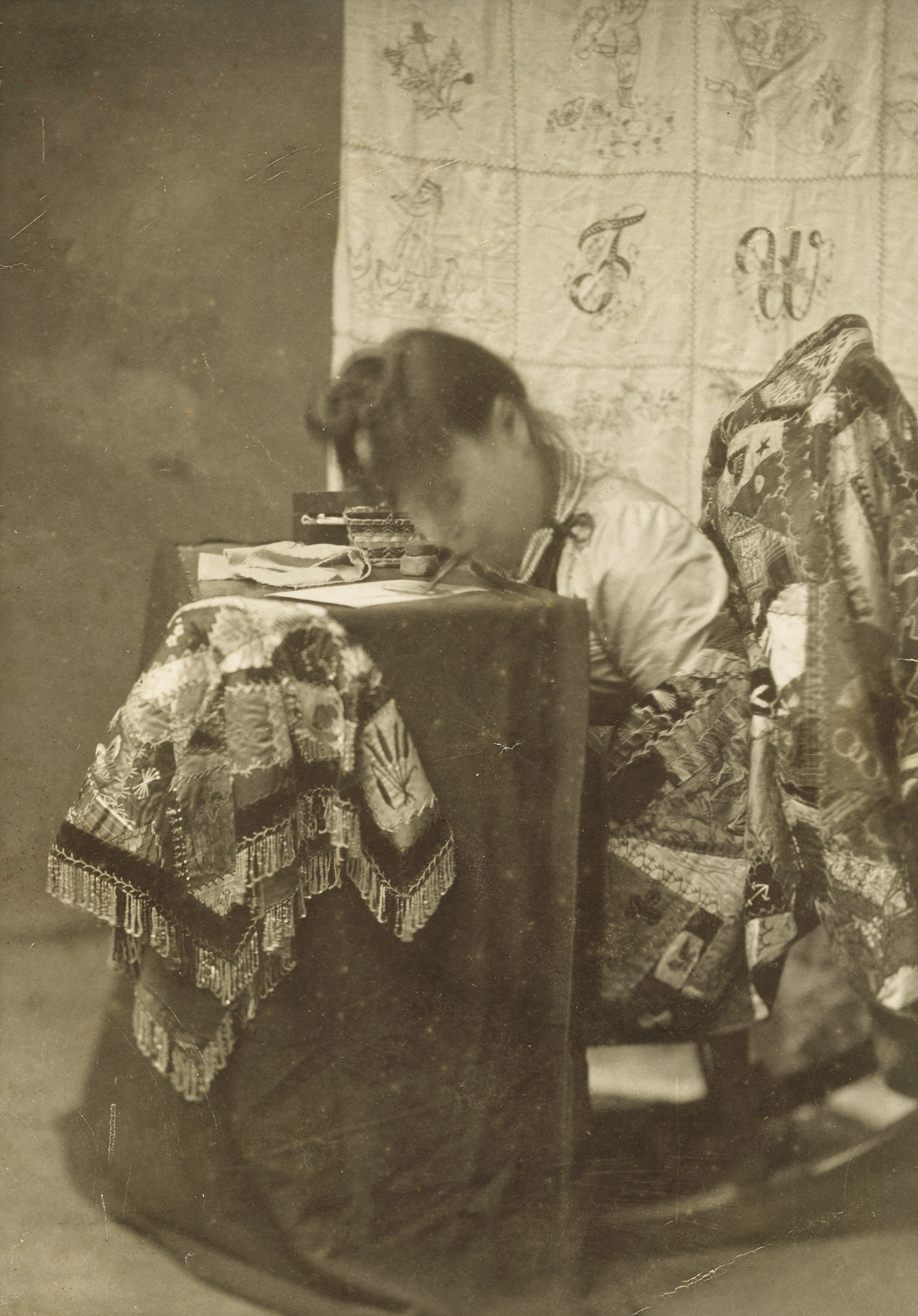 Fannie Tunnison sewing age 33 1900 - Jack Youngs collection