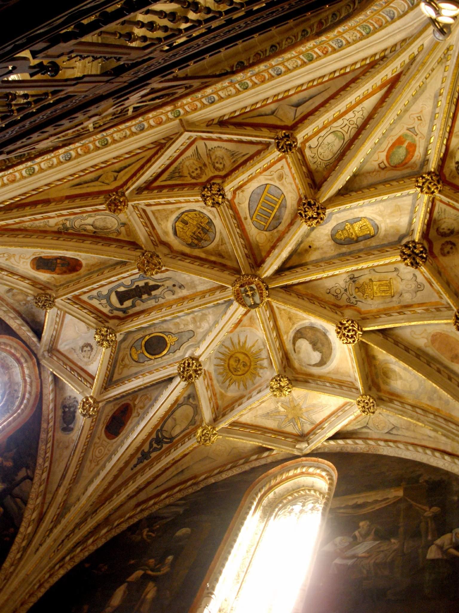 Vault of the Capilla de la Concepcion in Segovia's Catedral de Santa María (via  Wikimedia Commons )