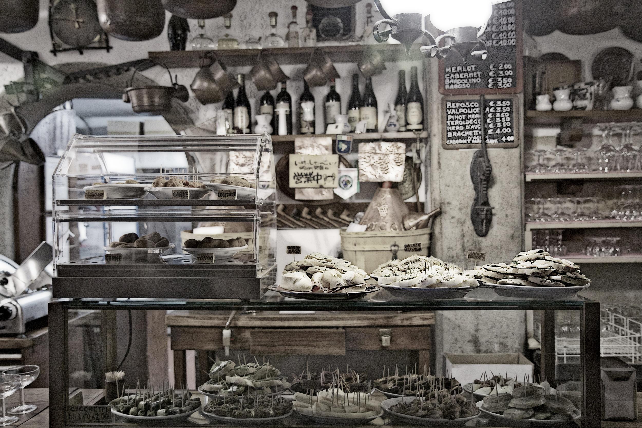 Cantina Do Mori - Open since 1492
