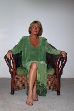 betsy green dress 3.JPG