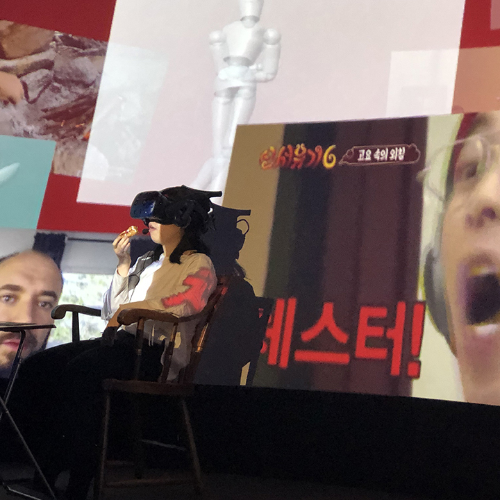 Digital Native in the Web-Sites - Performing digital culture through virtual reality, in reality