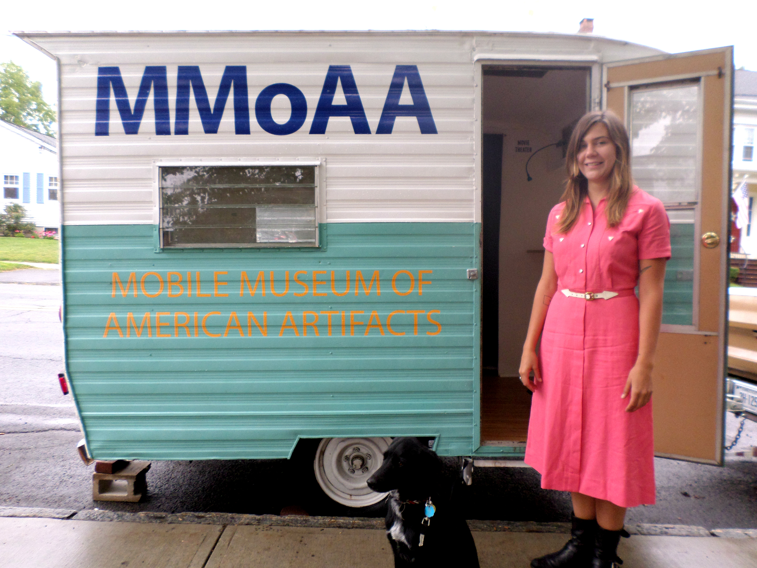 Laurelin, Kochia, and MMoAA at the Wallingford Public Library on September 15, 2014.