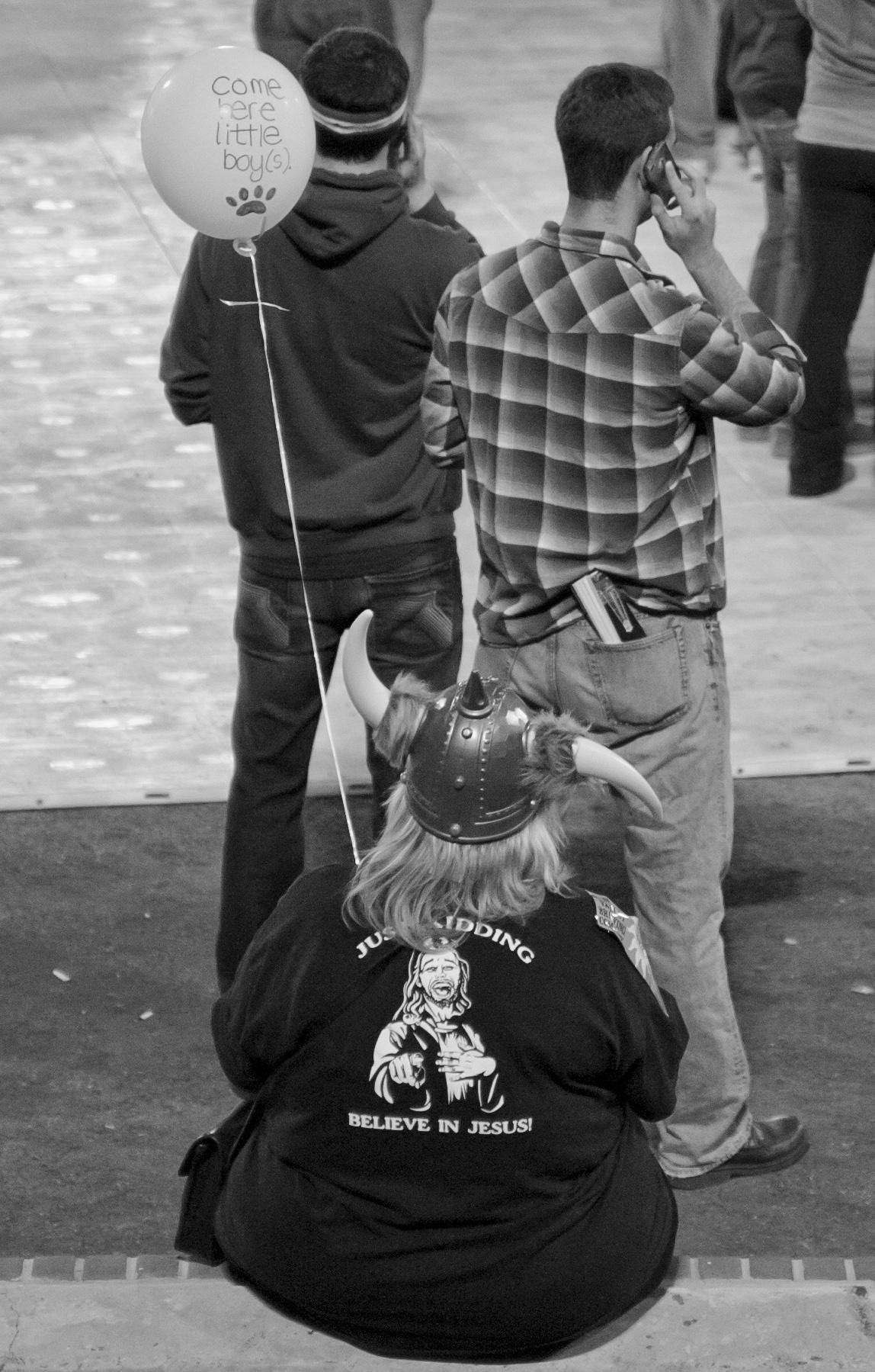 Durham_BeerFestivalVikingBalloon_1072011.jpg