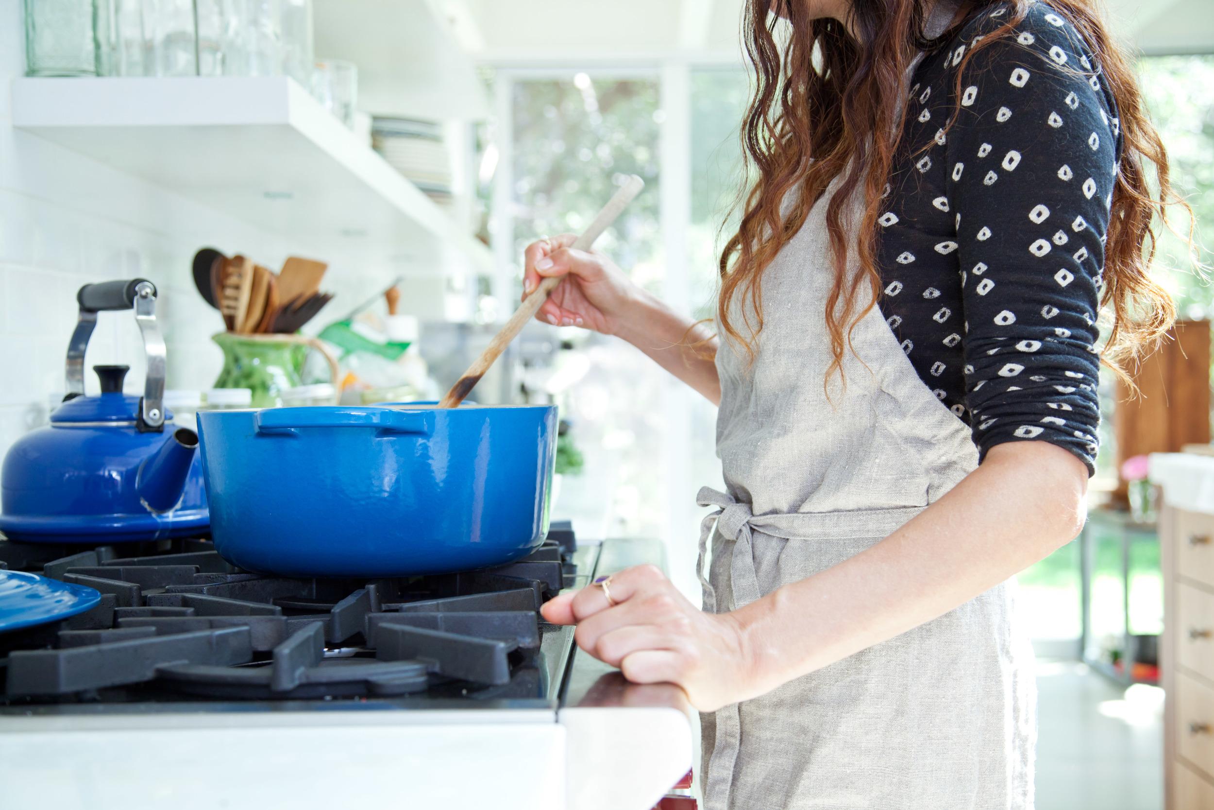 Shiva_Pamela_Cooking-23.jpg