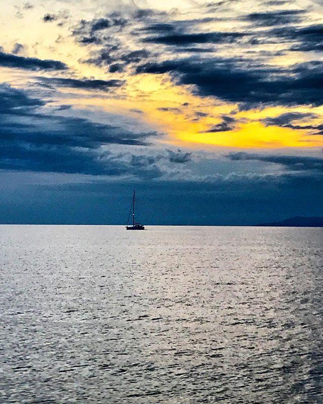 Sunset. Kissing the night. Bidding goodbye to another day. Sailing into eternity. ... ... ... #sunset #twilight #adriatic #croatia #dubrovnik #hvar #travel #travelgram #instatravel #photography #travelphotography #bbctravel #condenasttraveler #lonelyplanet #natgeotravel #natgeoyourshot #travelandleisure #photooftheday #picoftheday #canvasblanche