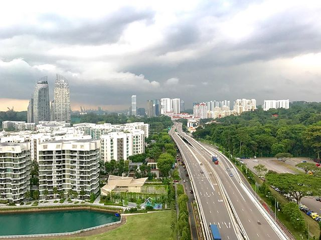 Stormy Singapore from the Cable Car! ... ... ... #singapore #faberpeak #sentosa #asia #storm #clouds #rain #travelphotography #travelgram #travel #instatravel #travelandleisure #natgeotravel #lonelyplanet #condenasttraveler #bbctravel #photooftheday #picoftheday