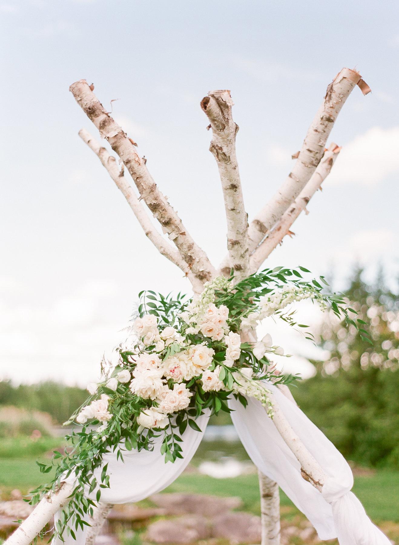 0141-maggiebrett-private-estate-wedding-000006490013.jpg