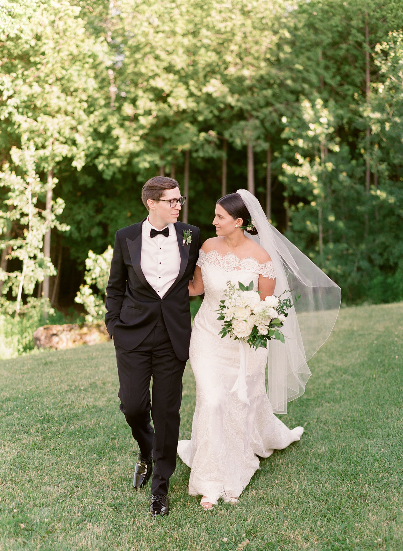0628-maggiebrett-private-estate-wedding-000006500002.jpg
