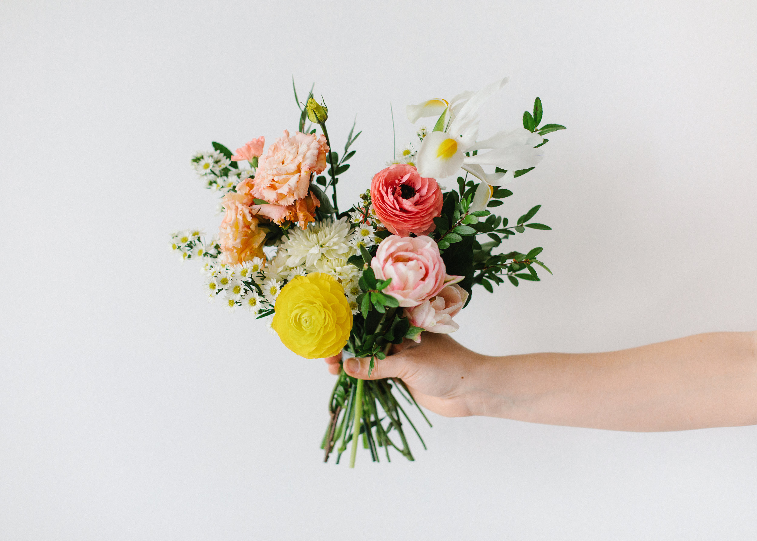 FLOWER SUBSCRIPTIONS - For the love of flowers. Bring the beauty of the garden indoors with the convenience of a monthly subscription. Learn More