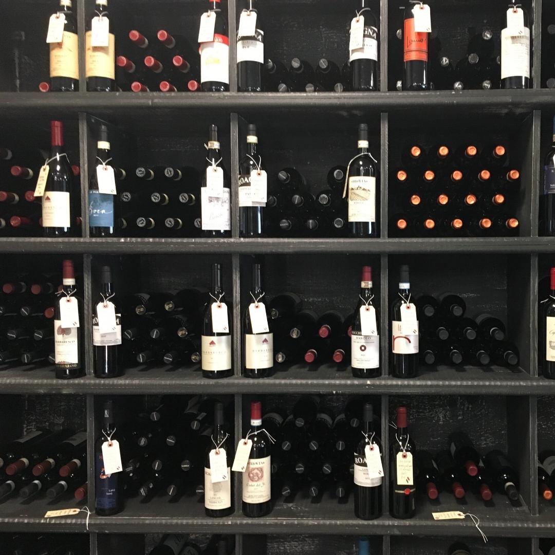 Friday & Saturday Wine Tasting - 4-7pm