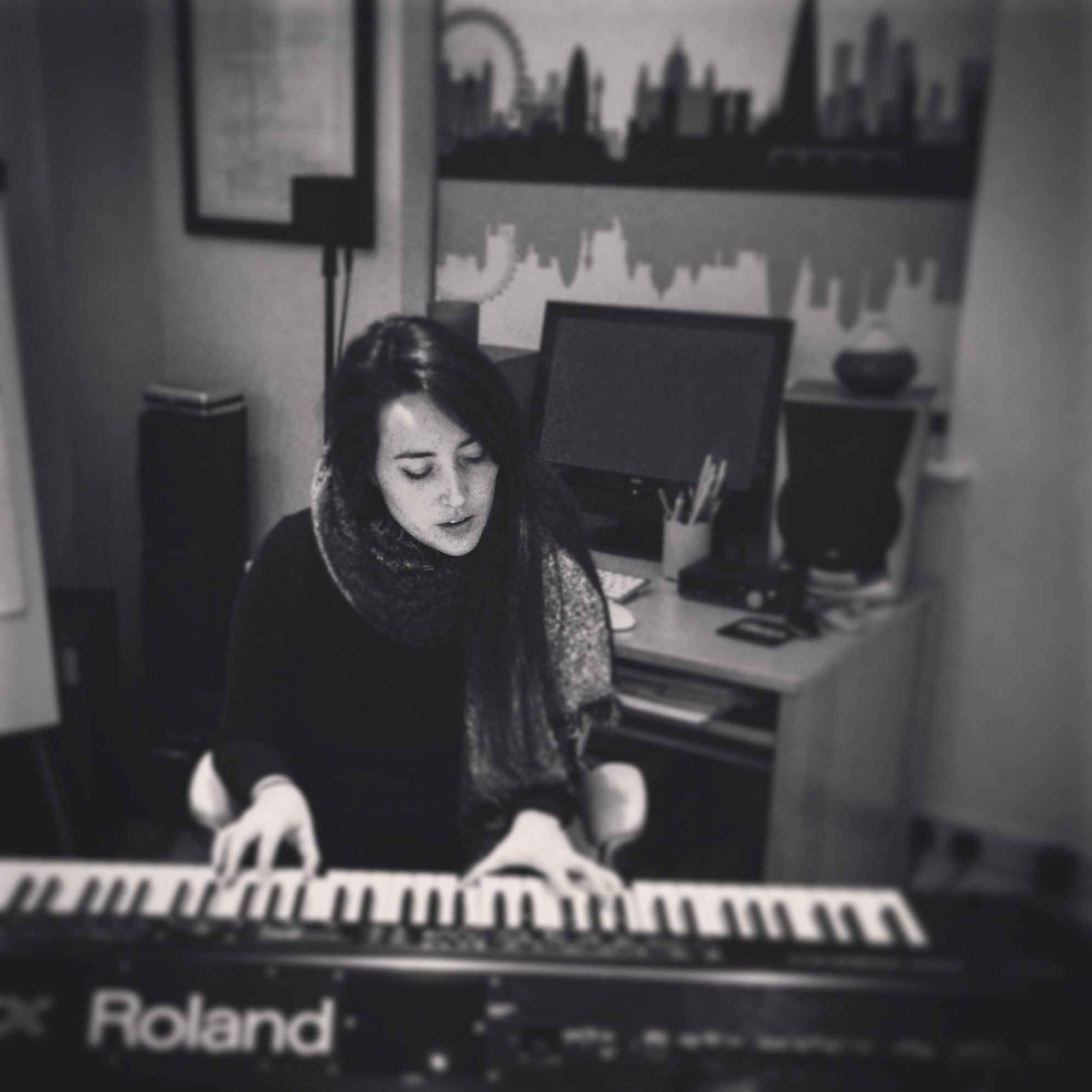 SONG WRITING & RECORDING: LIZ HAS BEEN WRITING AND RECORDING WITH NEW ARTIST THIS YEAR FROM ENGLAND TO FRANCE TO BOSTON-WE ARE VERY EXCITED FOR THE NEW MUSIC THAT WILL COME OUT OF THIS FOR 2017.