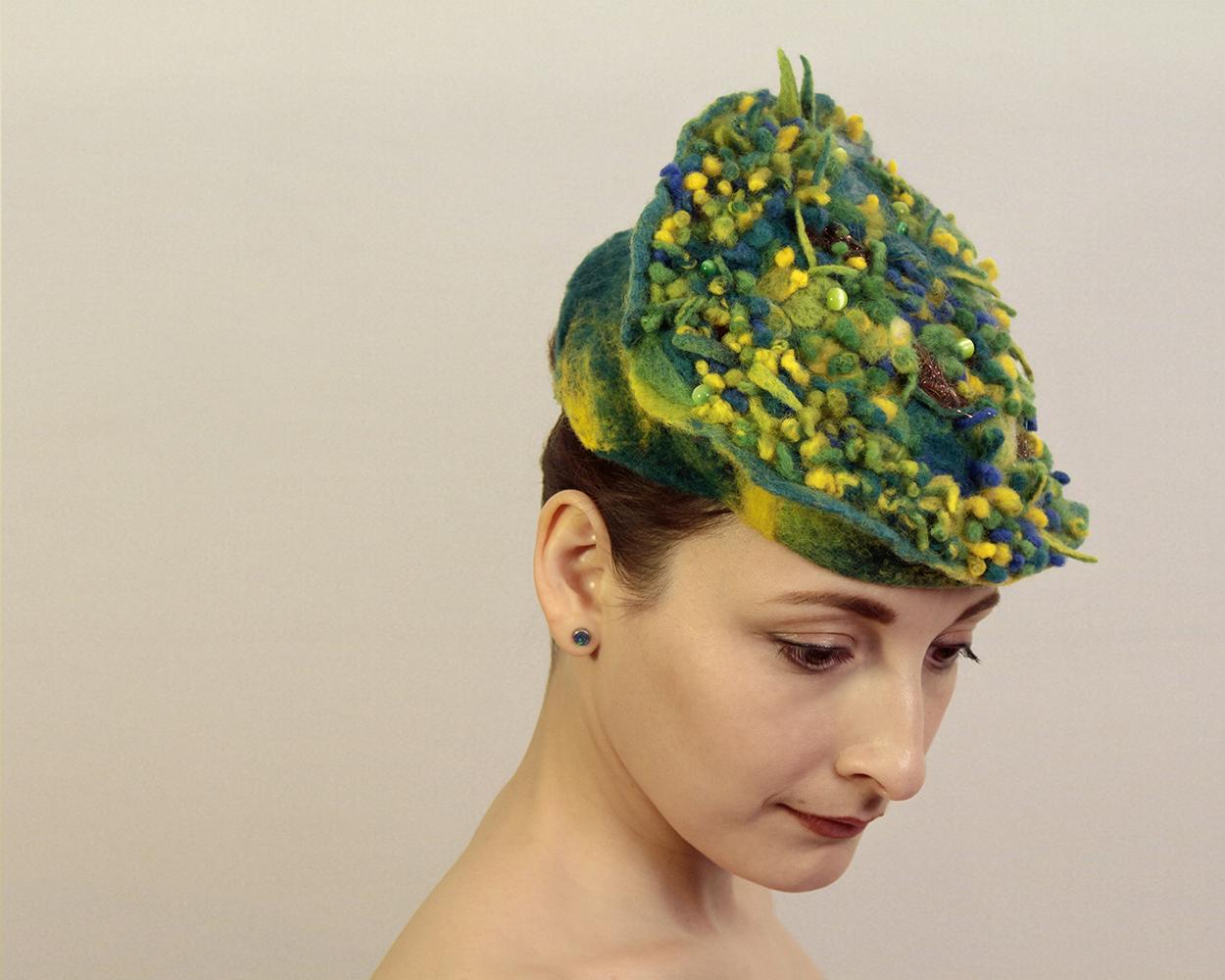 Moss Hat 05.jpg
