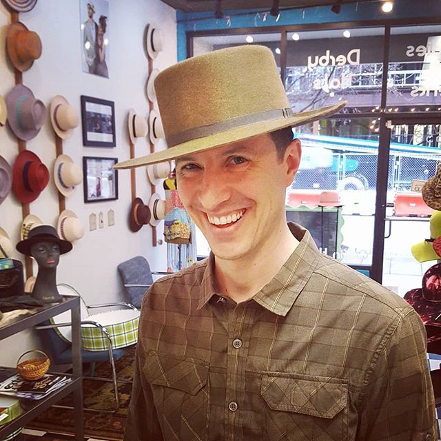 This guy. Sportin' his brand new Django beaver hat in Whiskey. We get @goodfolkscoffee, he gets hats. #hat #handmade #hatter #derbycity