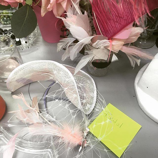 It's almost the season of bridal beauty! #bridalheadpiece @themysteriousrack #pinkandlavender