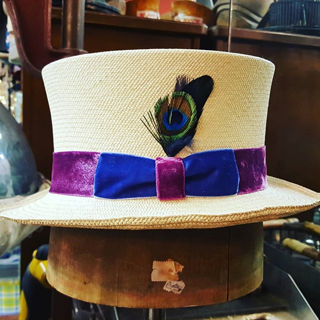 Custom straw #tophat with luscious #velvet ribbon off to a customer in #sanfrancisco!