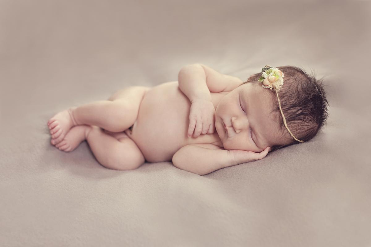 newborn-portraits-meadowbank.jpg