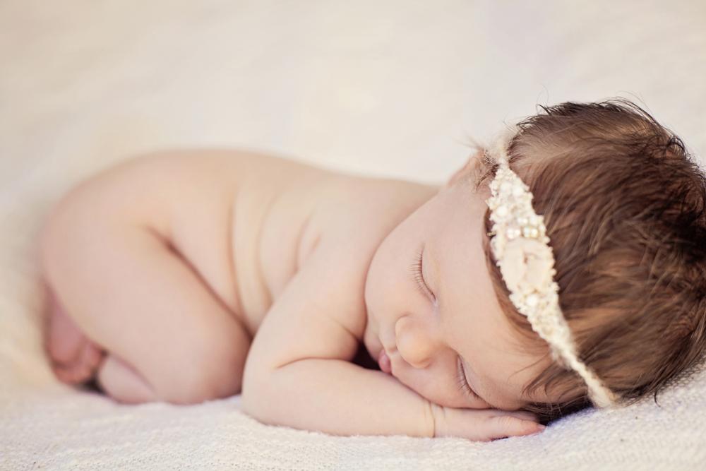 leading newborn photographer auckland.jpg