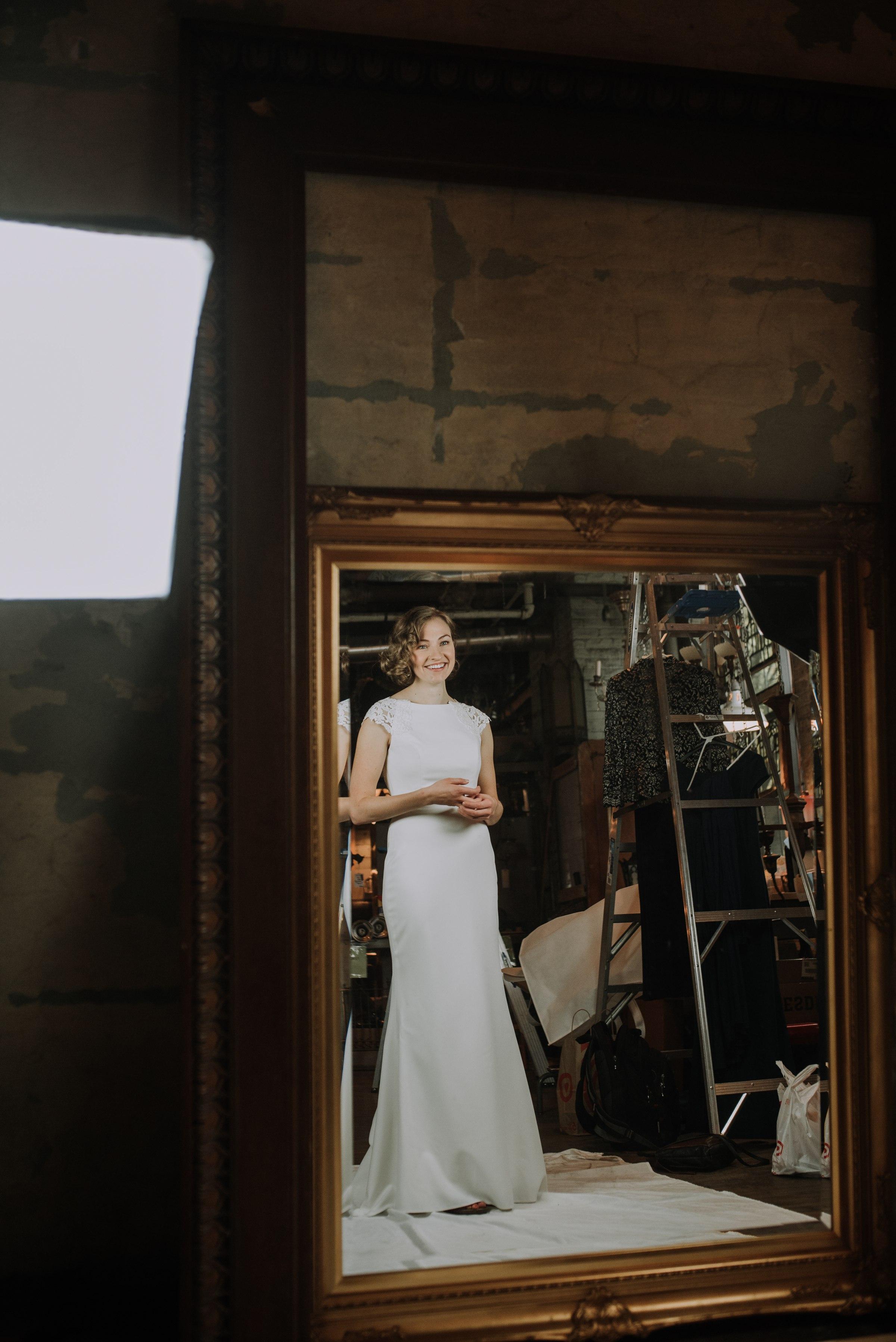 best-elopement-austin-minneapolis-northeast-adventurous-wedding-warehouse-modern-loft-moroccan_0034.jpg