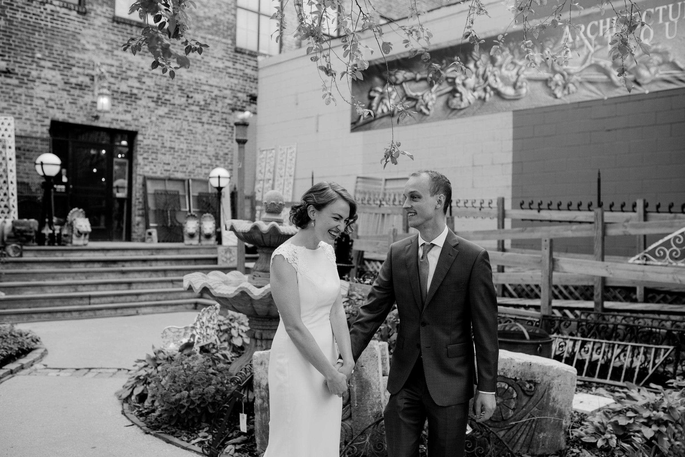 best-elopement-austin-minneapolis-northeast-adventurous-wedding-warehouse-modern-loft-moroccan_0038.jpg