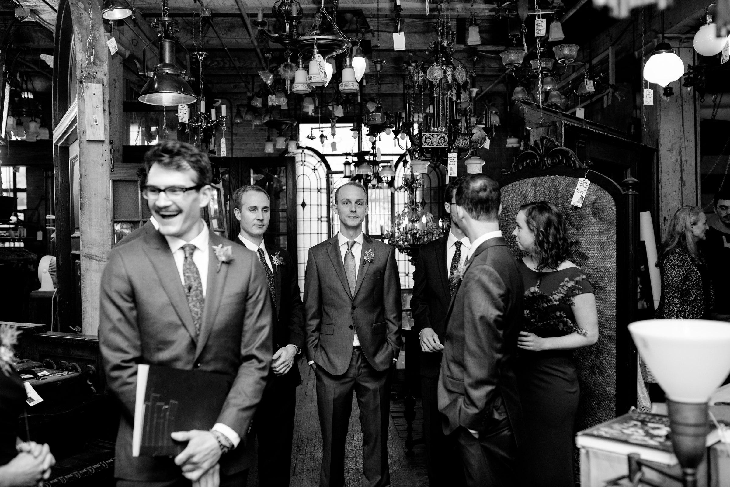 best-elopement-austin-minneapolis-northeast-adventurous-wedding-warehouse-modern-loft-moroccan_0064.jpg